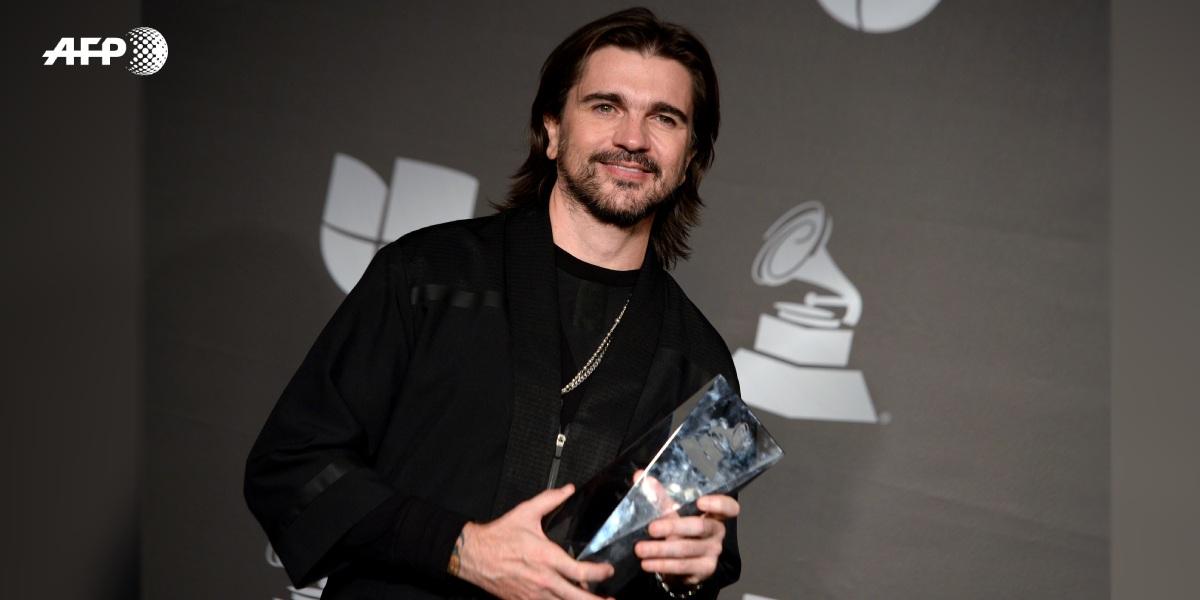 Juanes recibe el premio Persona del Año en el Latin Grammy 2019.