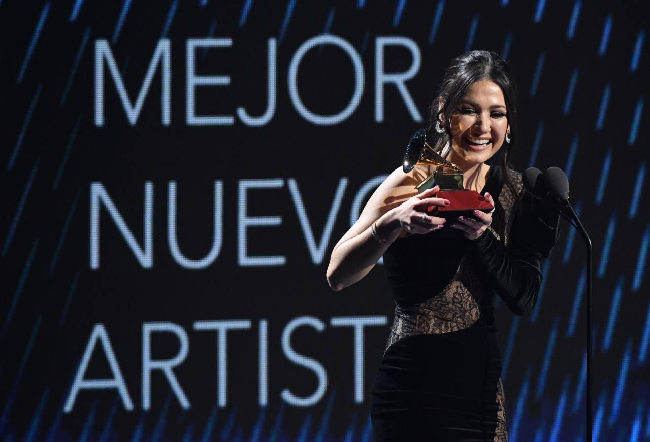 Nella gana Latin Grammy  artista revelacion