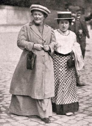 Clara Zetkin y Rosa de Luxemburgo,