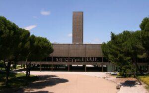 Museo del Traje de Madrid: La evolución del arte del buen vestir