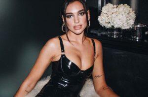 Dua Lipa: De cantante famosa a diseñadora de moda