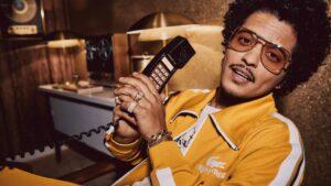 Ricky Regal x Lacoste: La línea deportiva setentera y psicodélica de Bruno Mars