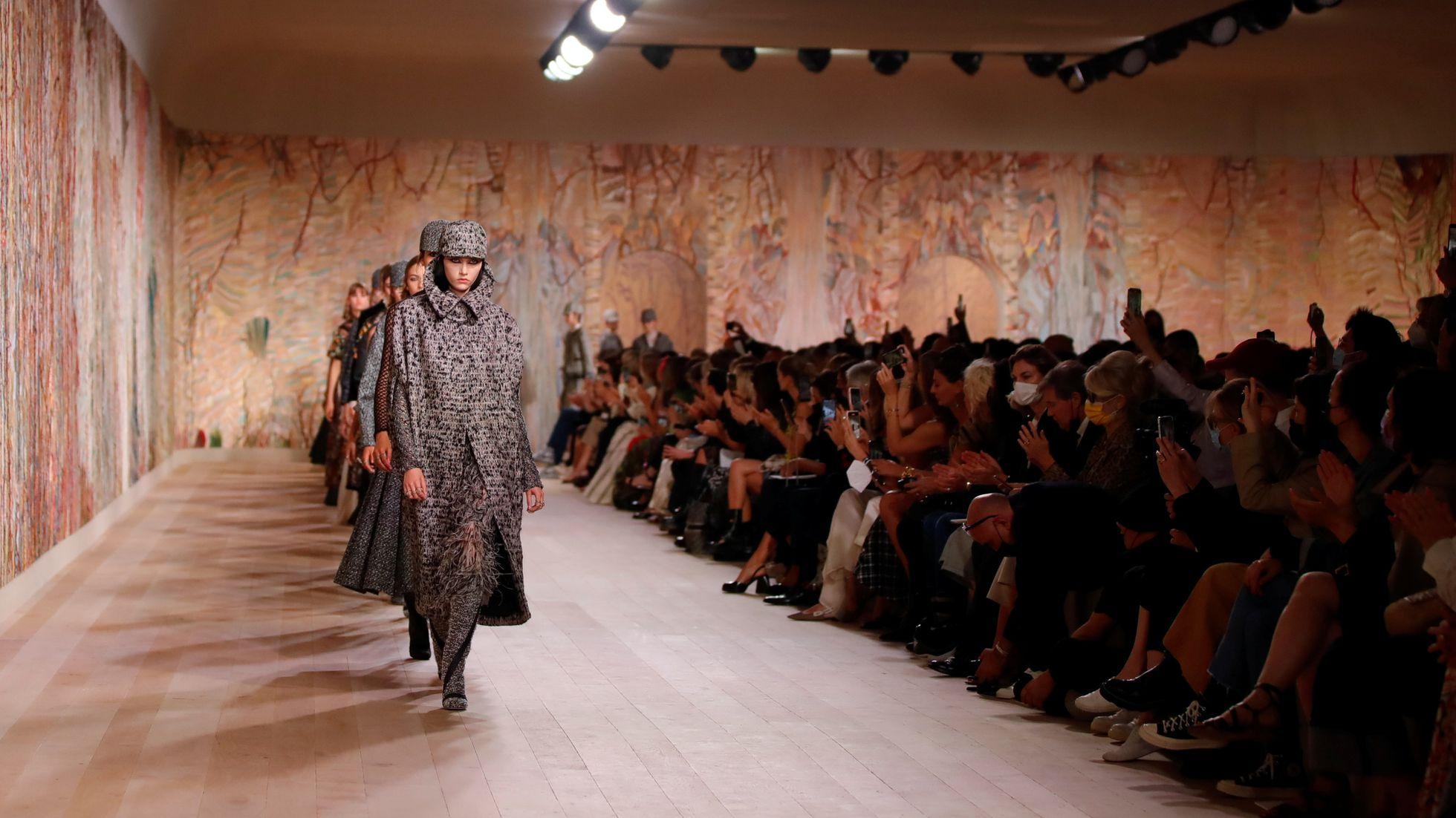 Dior inaugura los desfiles de la alta costura